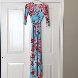 NWOT Pink Lily Floral Maxi Dress 🌸